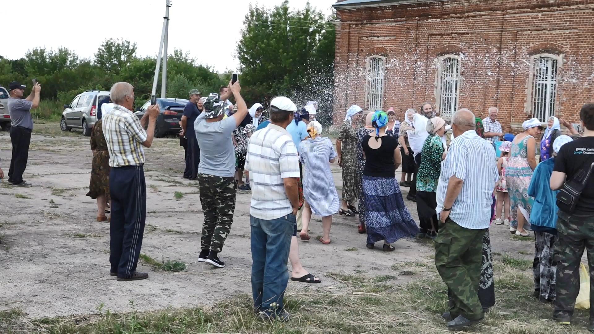 Знакомства в селе покровское