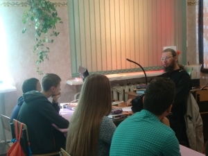Старшеклассники школы в Варских стали участниками встречи, посвященной Дню трезвости
