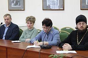 В областной библиотеке имени Горького состоялся круглый стол с участием представителя Издательского отдела епархии
